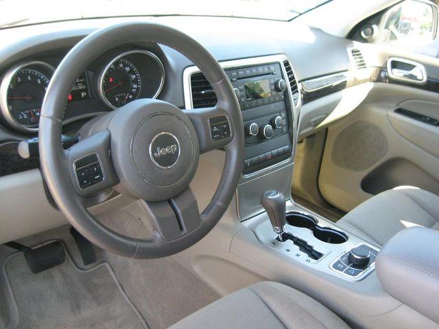 2012 Jeep Grand Cherokee Laredo 4X4 Richmond, Virginia 8