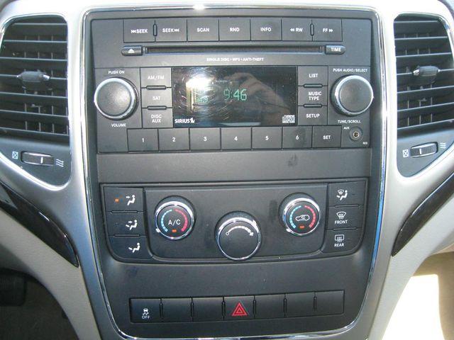 2012 Jeep Grand Cherokee Laredo 4X4 Richmond, Virginia 9