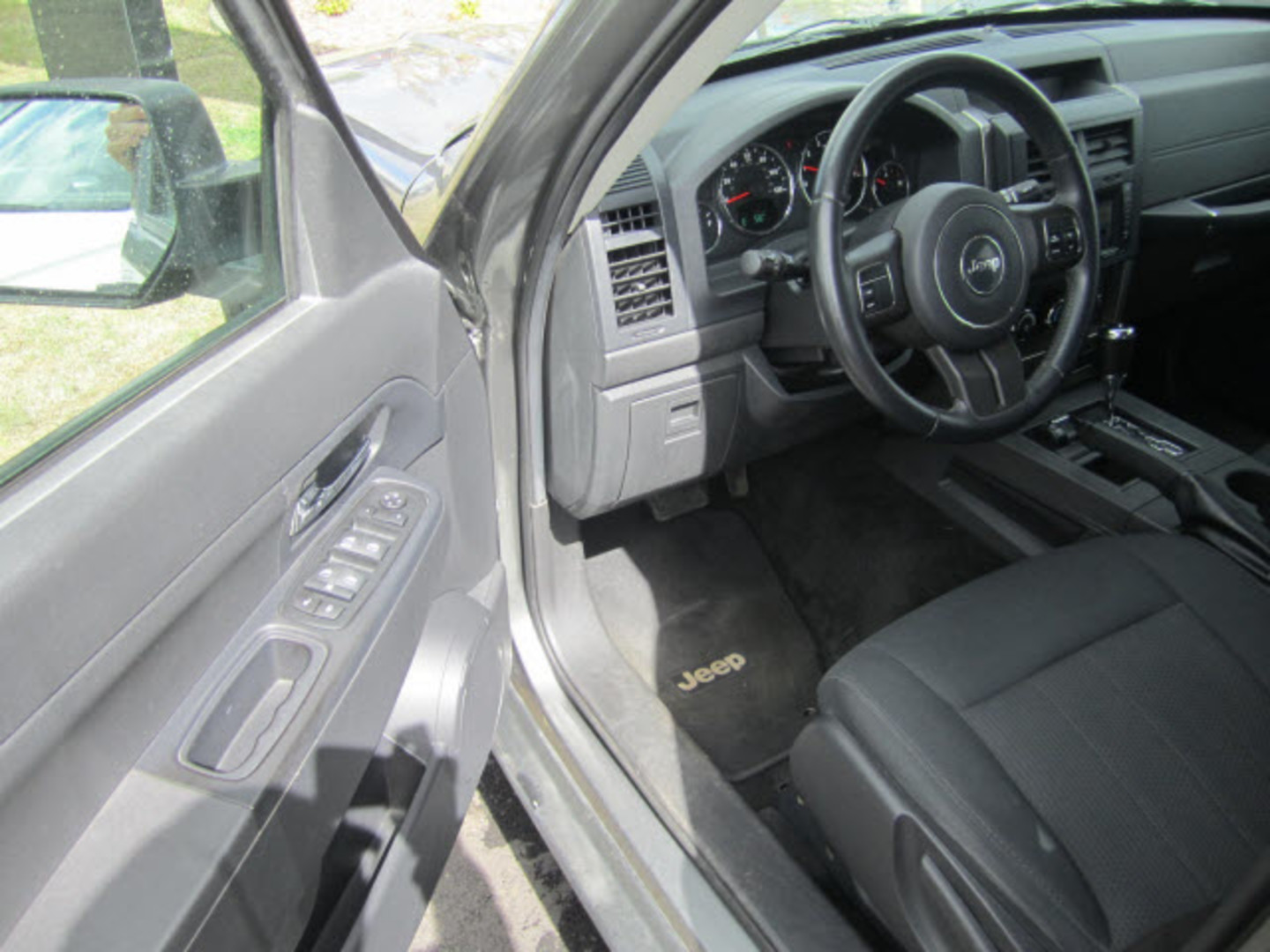 2012 jeep liberty sport fort smith ar breeden auto sales. Black Bedroom Furniture Sets. Home Design Ideas