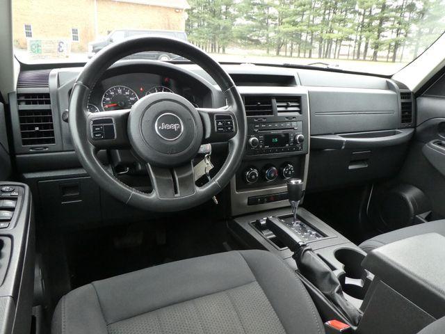2012 Jeep Liberty Sport Leesburg, Virginia 14