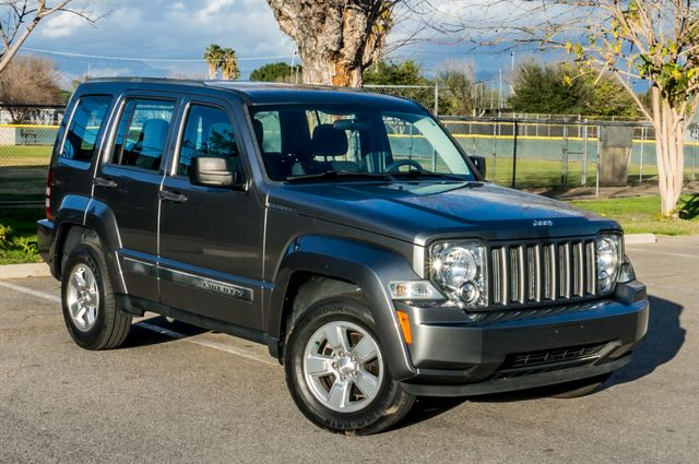 2012 Jeep Liberty Sport - AUTO  - 51K MILES - ALLOY WHEELS Reseda, CA 38