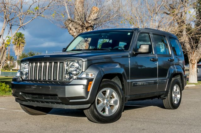 2012 Jeep Liberty Sport - AUTO  - 51K MILES - ALLOY WHEELS Reseda, CA 1