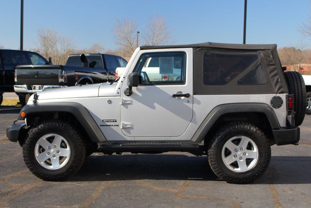 2012 Jeep Wrangler Sport 4X4 - BLACK APPEARANCE PKG! Mooresville , NC 16