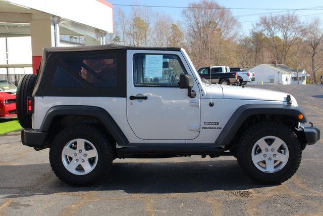 2012 Jeep Wrangler Sport 4X4 - BLACK APPEARANCE PKG! Mooresville , NC 15