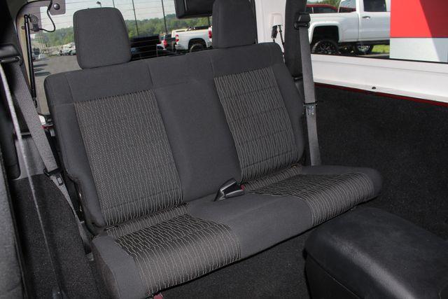 2012 Jeep Wrangler Rubicon 4X4 - POWER PKG - BLUETOOTH! Mooresville , NC 11