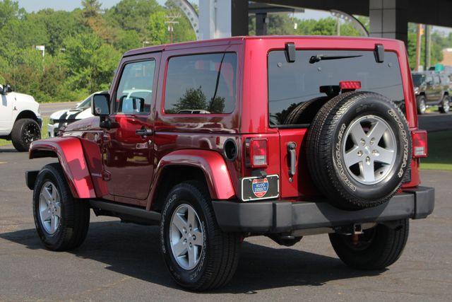 2012 Jeep Wrangler Rubicon 4X4 - POWER PKG - BLUETOOTH! Mooresville , NC 26