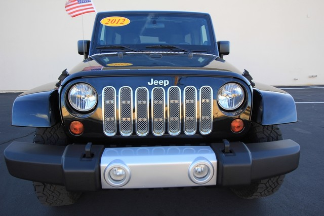 2012 Jeep Wrangler Unlimited* 4DR* 4X4* RARE MANUAL* HARDTOP Sahara* NAVI* PREM SOUND* CHROME* TOW PKG* WOW Las Vegas, Nevada 1
