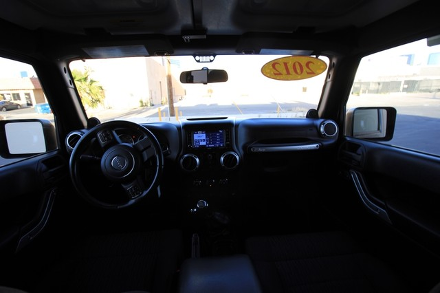 2012 Jeep Wrangler Unlimited* 4DR* 4X4* RARE MANUAL* HARDTOP Sahara* NAVI* PREM SOUND* CHROME* TOW PKG* WOW Las Vegas, Nevada 8