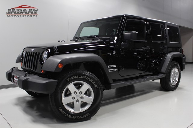 2012 Jeep Wrangler Unlimited Sport Merrillville, Indiana 0