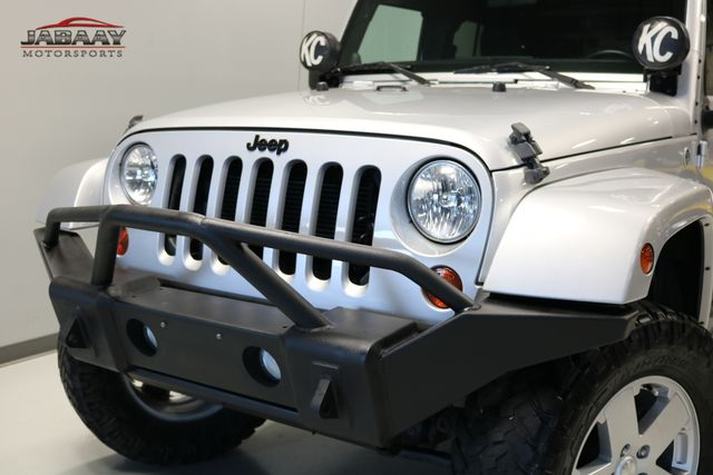 2012 Jeep Wrangler Unlimited Sahara Merrillville, Indiana 28