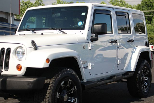 2012 Jeep Wrangler Unlimited Sahara 4X4 - LOTS OF EXTRA$! Mooresville , NC 25