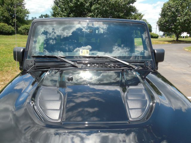 2012 Jeep Wrangler Unlimited Rubicon Call of Duty MW3 Leesburg, Virginia 8