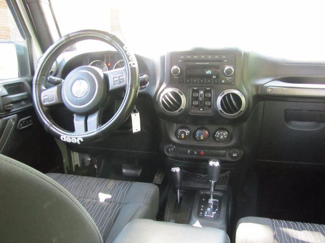 2012 Jeep Wrangler Unlimited Sport St. Louis, Missouri 10