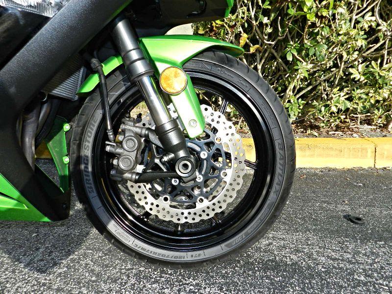 2012 Kawasaki ZX1000GCF Ninja 1000  ZX1000  city Florida  MC Cycles  in Hollywood, Florida