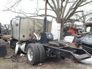 2012 Kenworth T700 Ravenna, MI 3