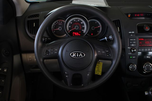2012 Kia Forte EX FWD - ONE OWNER! Mooresville , NC 4