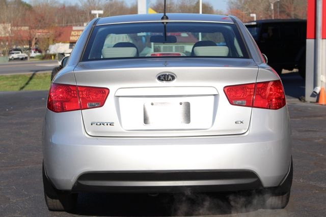 2012 Kia Forte EX FWD - ONE OWNER! Mooresville , NC 17