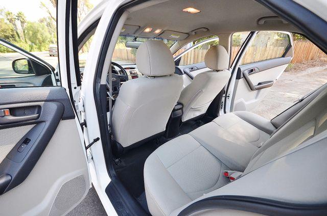 2012 Kia Forte EX - AUTO - ONLY 30K MILES Reseda, CA 18