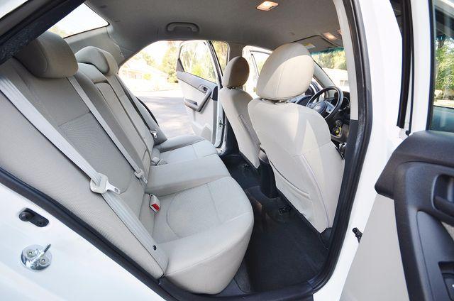 2012 Kia Forte EX - AUTO - ONLY 30K MILES Reseda, CA 20