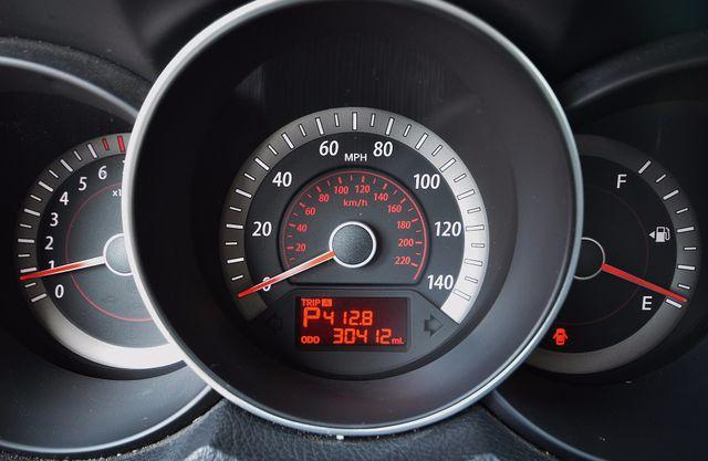 2012 Kia Forte EX - AUTO - ONLY 30K MILES Reseda, CA 22