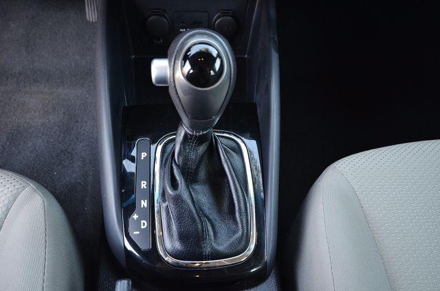 2012 Kia Forte EX - AUTO - ONLY 30K MILES Reseda, CA 26