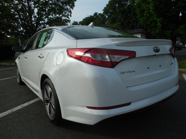 2012 Kia Optima Hybrid Leesburg, Virginia 3