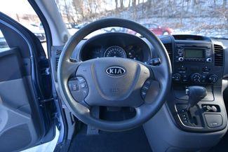 2012 Kia Sedona LX Naugatuck, Connecticut 9