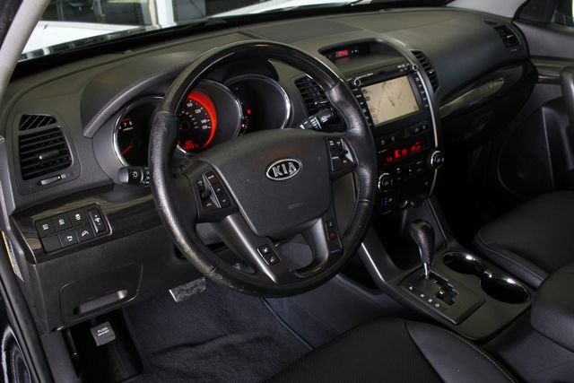 2012 Kia Sorento SX FWD - NAV - HEATED/COOLED LEATHER! Mooresville , NC 26