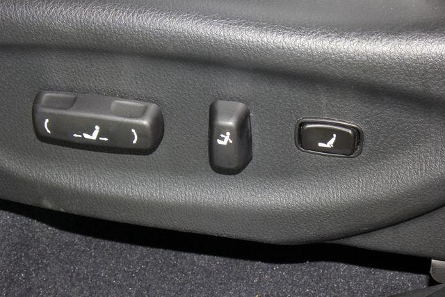 2012 Kia Sorento SX FWD - NAV - HEATED/COOLED LEATHER! Mooresville , NC 33