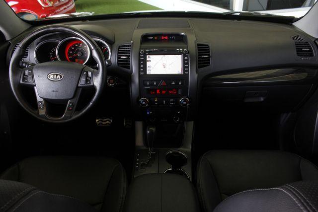 2012 Kia Sorento SX FWD - NAV - HEATED/COOLED LEATHER! Mooresville , NC 25