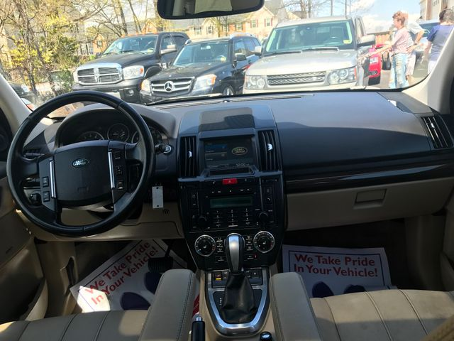 2012 Land Rover LR2 HSE Leesburg, Virginia 12