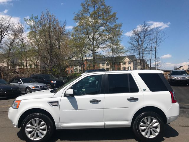 2012 Land Rover LR2 HSE Leesburg, Virginia 4