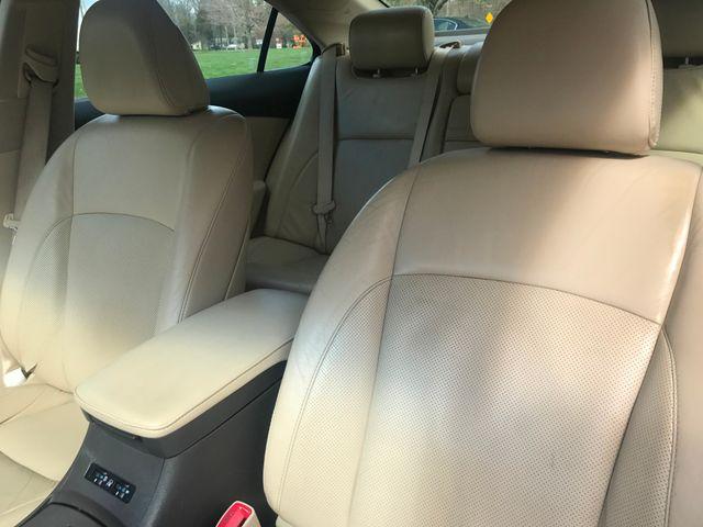 2012 Lexus ES 350 Leesburg, Virginia 17