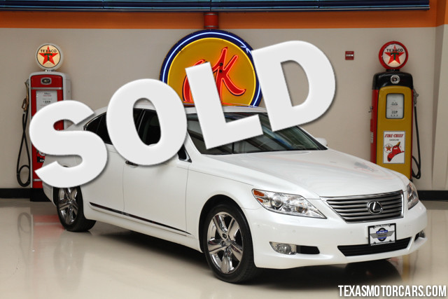 2012 Lexus LS 460 L This Clean Carfax 1-Owner 2012 Lexus LS 460 L is in like-new condition with onl