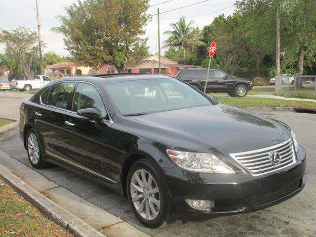 2012 Lexus LS 460 L Come and visit us at oceanautosalescom for our expanded inventoryThis offer