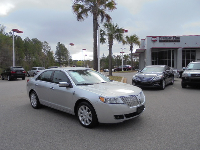 2012 Lincoln MKZ DISCLOSURE Internet pricing is subject to change daily It is a BUY-OUTRIGHT PRI
