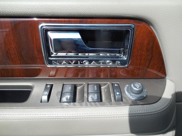 2012 Lincoln Navigator Leesburg, Virginia 21