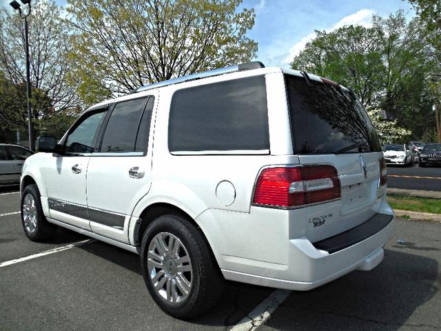 2012 Lincoln Navigator Leesburg, Virginia 3