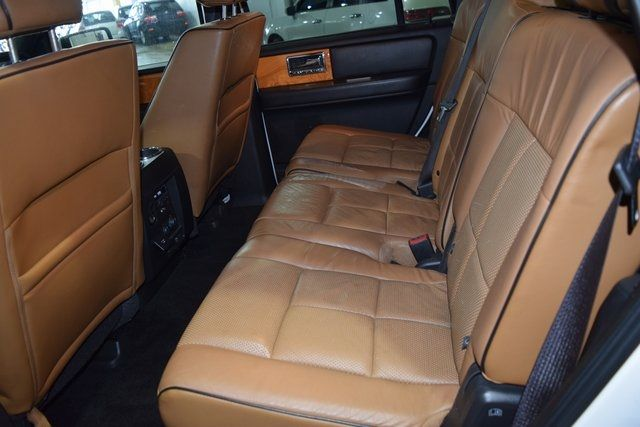 2012 Lincoln Navigator Base Richmond Hill, New York 12