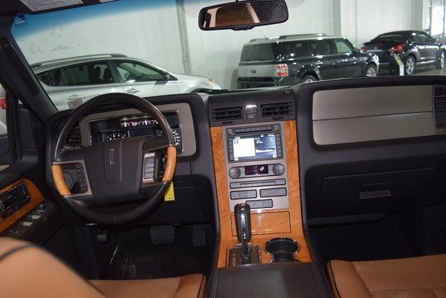 2012 Lincoln Navigator Base Richmond Hill, New York 19