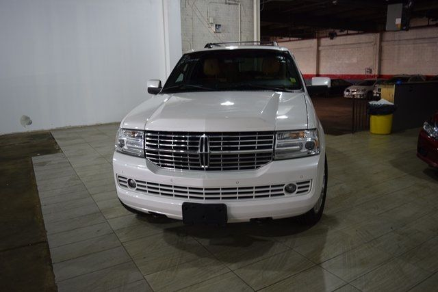 2012 Lincoln Navigator Base Richmond Hill, New York 2