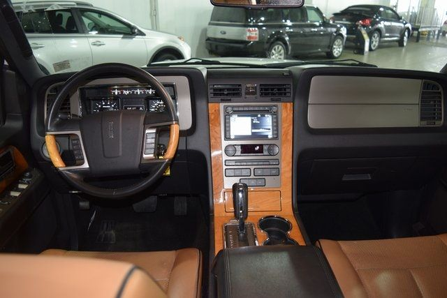 2012 Lincoln Navigator Base Richmond Hill, New York 20