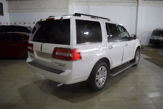 2012 Lincoln Navigator Base Richmond Hill, New York 5