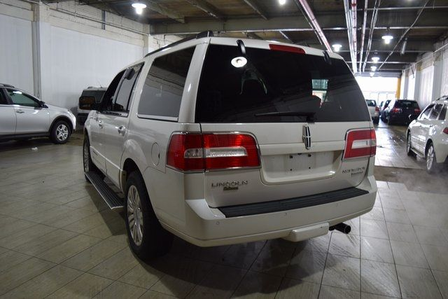 2012 Lincoln Navigator Base Richmond Hill, New York 6