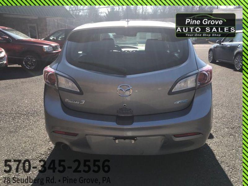 2012 Mazda Mazda3 i Touring   Pine Grove, PA   Pine Grove Auto Sales in Pine Grove, PA