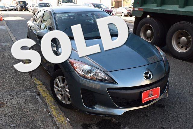 2012 Mazda Mazda3 i Touring Richmond Hill, New York 0