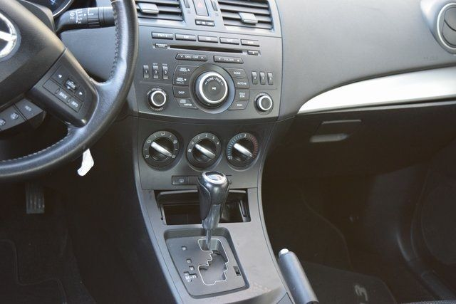 2012 Mazda Mazda3 i Touring Richmond Hill, New York 10