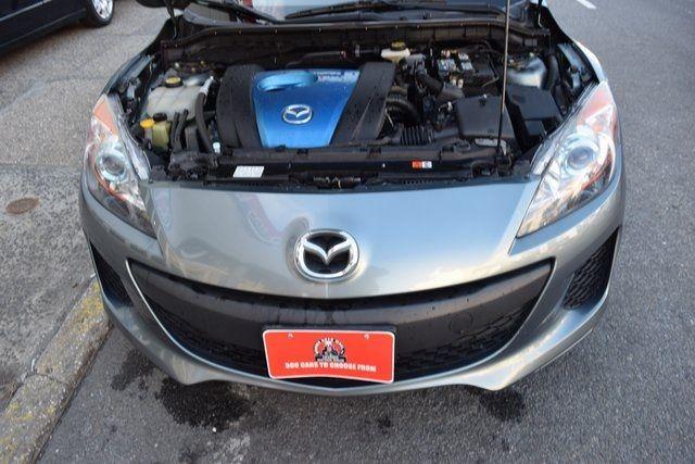 2012 Mazda Mazda3 i Touring Richmond Hill, New York 3