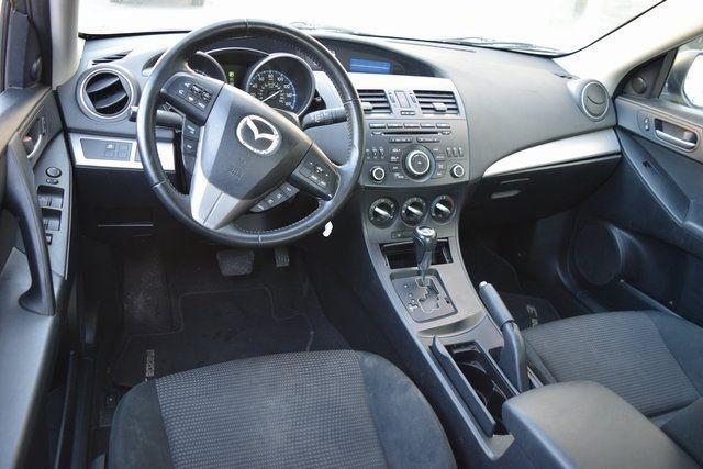 2012 Mazda Mazda3 i Touring Richmond Hill, New York 9