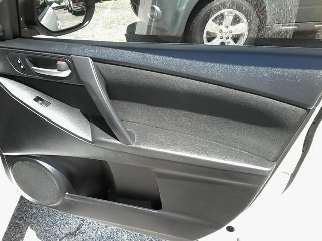 2012 Mazda Mazda3 i Touring San Antonio, Texas 9